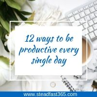 12 productivity hacks working moms use for better work-life balance and better time management skills.